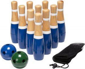 Backyard Lawn Bowling Game