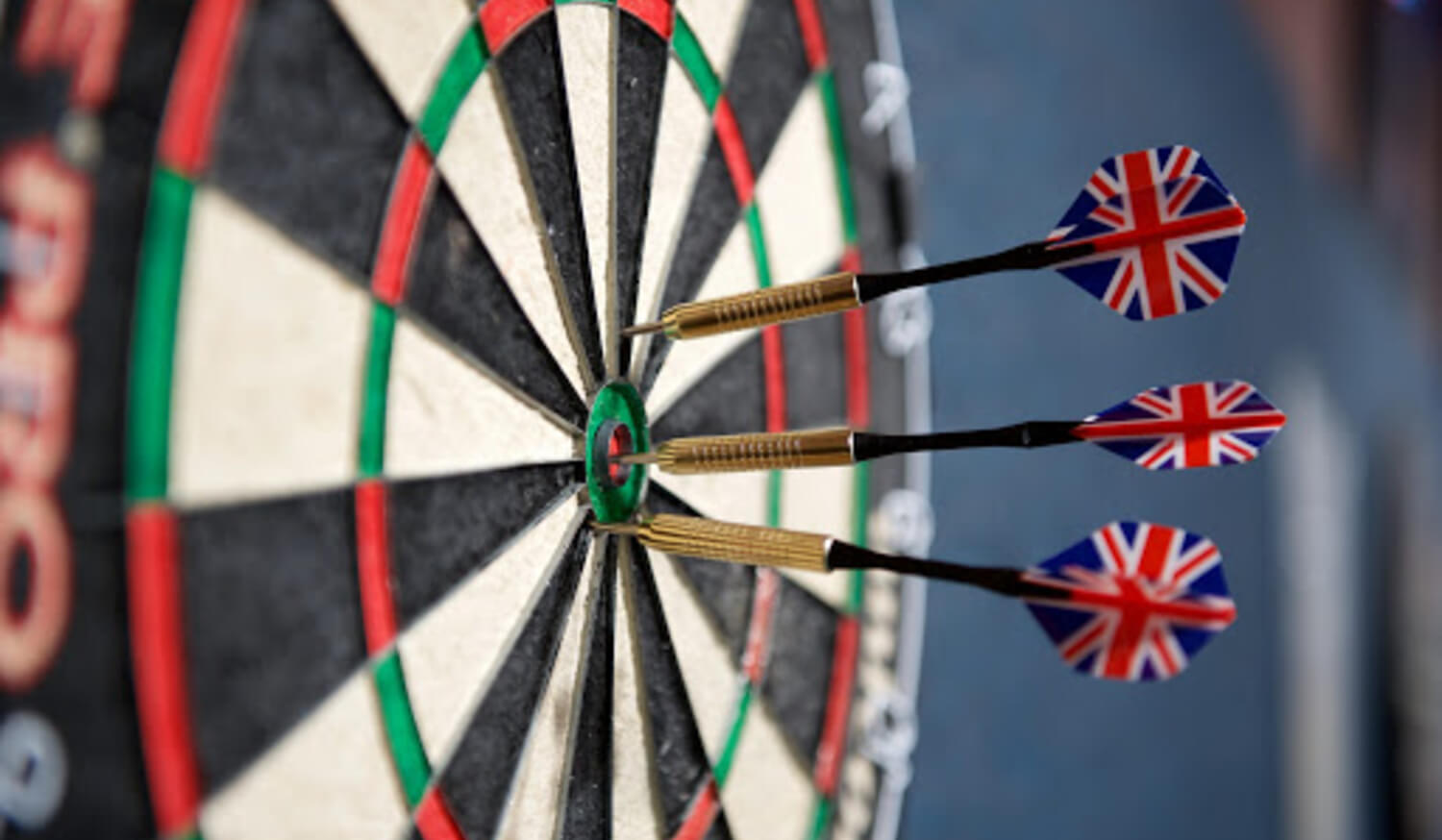 Differences you should know between Steel Tip and Soft Tip darts